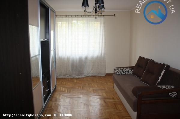 Продажа 3-комнатной квартиры, Ужгород, Проспект Свободы