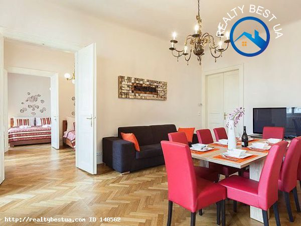 Аренда 4-комнатной квартиры, Львов, Валовая 19