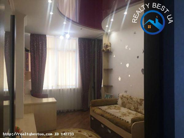 Продажа 4-комнатной квартиры, Одесса, Французский бульвар