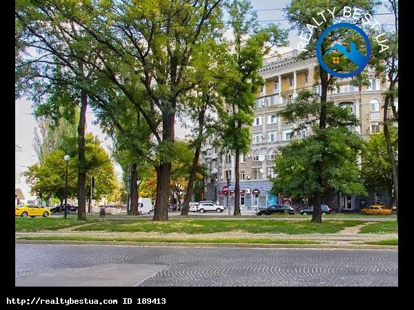 Продажа 3-комнатной квартиры, Днепр, Карла Маркса,82