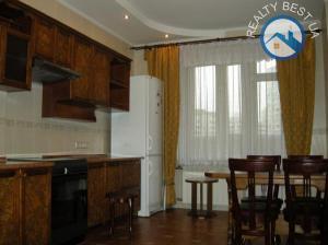 Аренда 3-комнатной квартиры Киев, Срибнокильская, 14